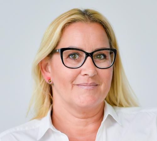 Christine Knafl